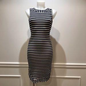 Monteau Los Angeles sleeveless striped sportydress